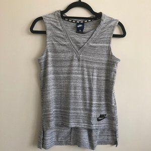 Nike advance 15 knit top